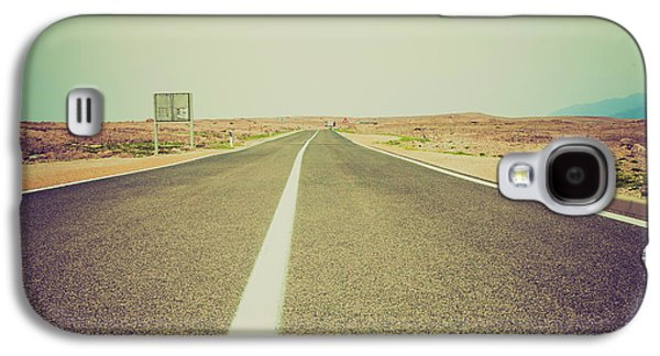 White Line On A Main Road Galaxy S4 Case by Wladimir Bulgar