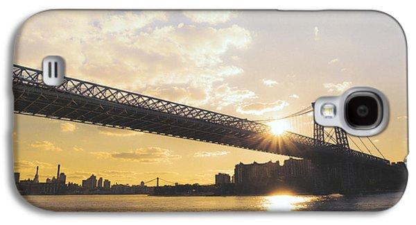 City Sunset Galaxy S4 Case - Williamsburg Bridge - Sunset - New York City by Vivienne Gucwa