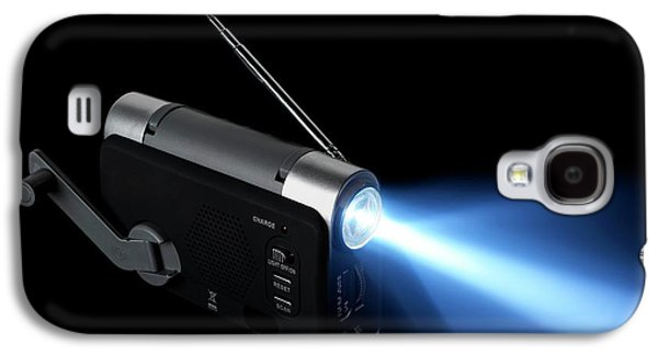 Wind-up Radio And Torch Galaxy S4 Case by Science Photo Library