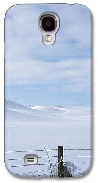 Winter Fenceline Galaxy S4 Case by Latah Trail Foundation