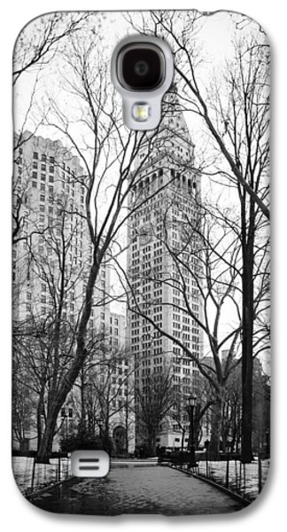Winter In Madison Square Park - New York City Galaxy S4 Case by Erin Cadigan