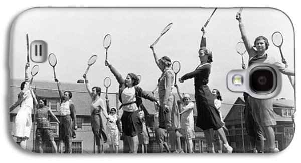 Women Practicing Tennis Galaxy S4 Case by Underwood Archives