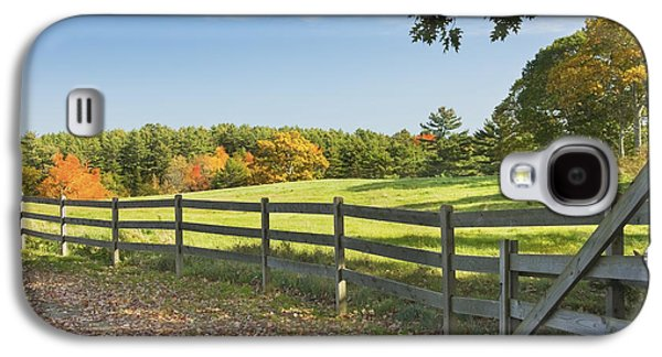 Wooden Fence In Autumn Maine Farm Pasture Galaxy S4 Case by Keith Webber Jr