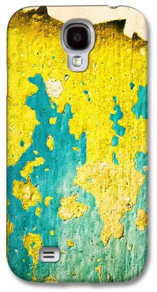 Galaxy S4 Case featuring the photograph Yellow And Green Abstract Wall by Silvia Ganora