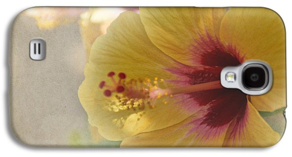 Yellow Hibiscus Galaxy S4 Case