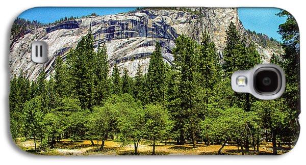 Yosemite Valley Along Yosemite River Beach Galaxy S4 Case by Bob and Nadine Johnston