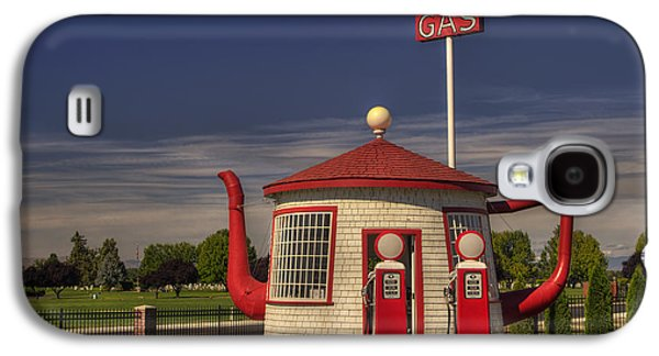 Zillah Teapot Dome Service Station Galaxy S4 Case by Mark Kiver