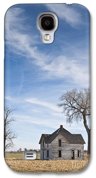 Abandoned House In Field Galaxy S4 Case by Dave & Les Jacobs