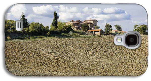 Farmhouse And Field Galaxy S4 Case by Jeremy Woodhouse
