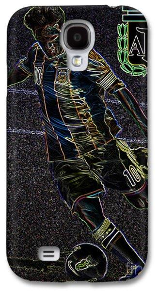 Lionel Messi Kicking Viii Galaxy S4 Case by Lee Dos Santos