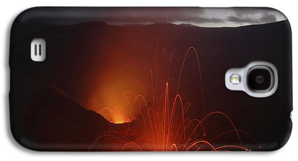 Yasur Eruption, Tanna Island, Vanuatu Galaxy S4 Case by Martin Rietze
