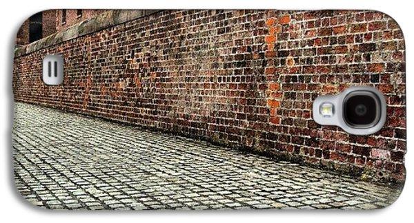 Classic Galaxy S4 Case - #albertdock #liverpool #uk #england by Abdelrahman Alawwad