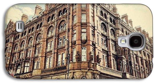 Classic Galaxy S4 Case - #britanniahotel  #hotel #buildings by Abdelrahman Alawwad
