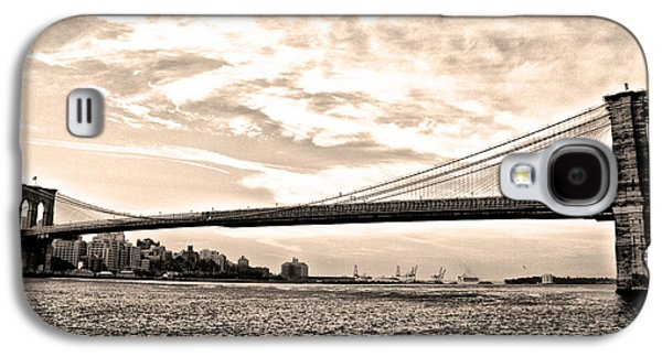 Brooklyn Bridge In Sepia Galaxy S4 Case by Bill Cannon