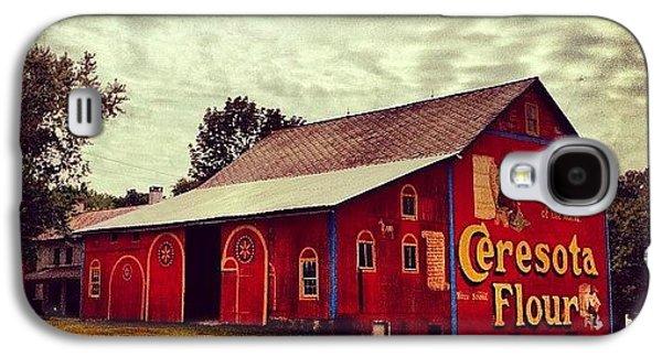 Beautiful Galaxy S4 Case - Buy Flour. #barn #pa #pennsylvania by Luke Kingma