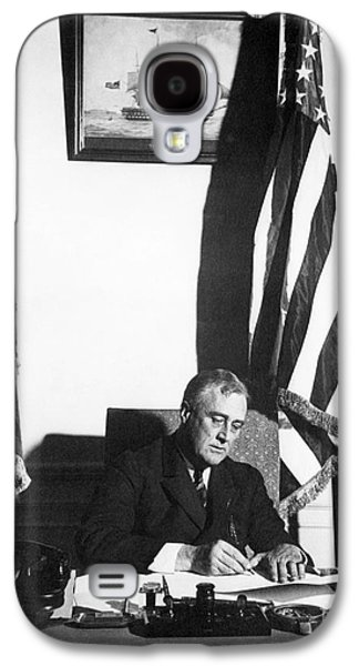 Franklin D. Roosevelt, 32nd American Galaxy S4 Case by Omikron