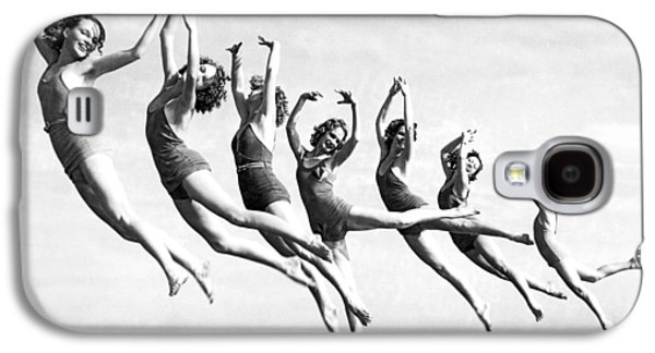 Graceful Line Of Beach Dancers Galaxy S4 Case by Underwood Archives
