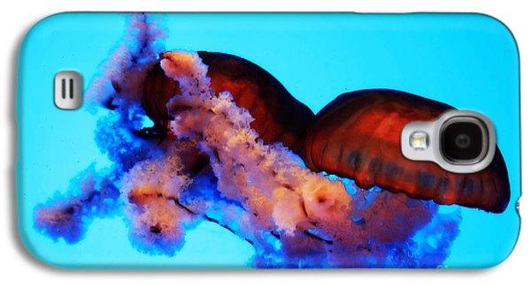 Jellyfish Drama - Digital Art Galaxy S4 Case by Carol Groenen