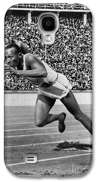 Jesse Owens (1913-1980) Galaxy S4 Case by Granger