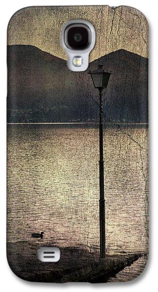Lantern At The Lake Galaxy S4 Case by Joana Kruse