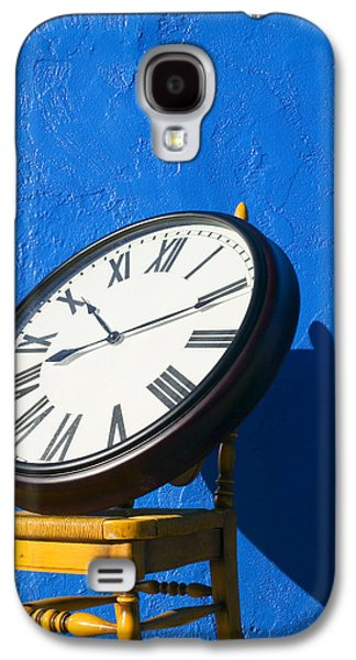 Large Clock On Yellow Chair Galaxy S4 Case by Garry Gay