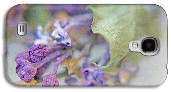 Lilacs In Macro Galaxy S4 Case