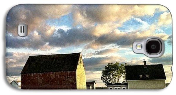 Amazing Galaxy S4 Case - Little Tancook Island Farmhouse by Luke Kingma
