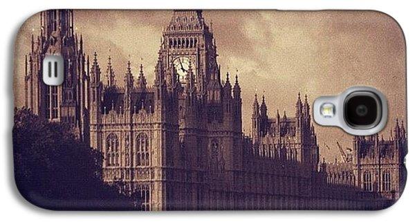 London Galaxy S4 Case - #london 05.10.1605 by Ozan Goren