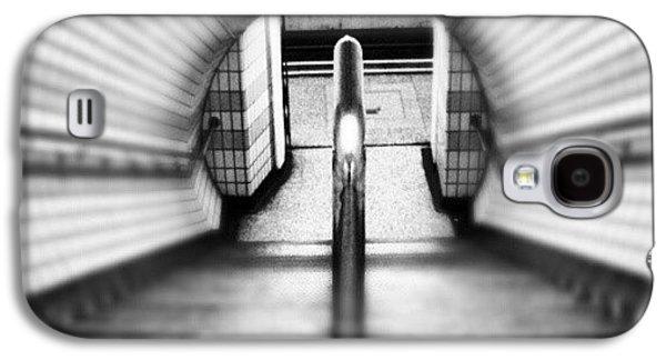 #london #uk May 2012| #underground Galaxy S4 Case by Abdelrahman Alawwad