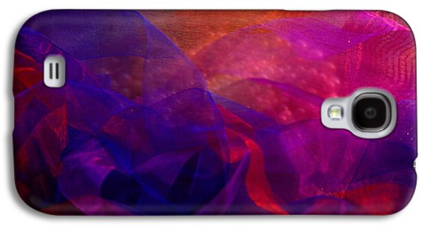 Galaxy S4 Case featuring the photograph Memories by Nareeta Martin