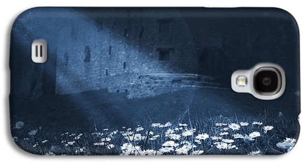 Moon Light Daisies Galaxy S4 Case