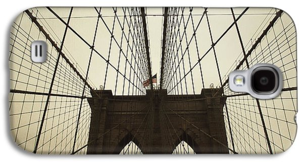 Nyc- Brooklyn Brige Galaxy S4 Case by Hannes Cmarits