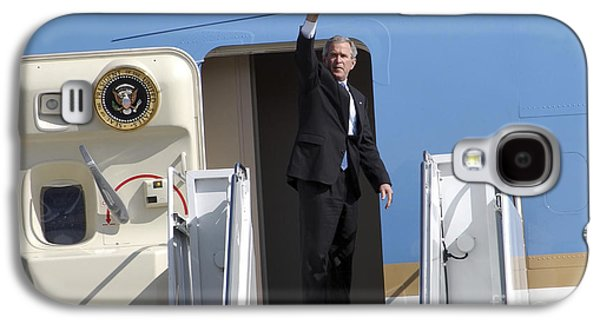 President George Bush Waves Good-bye Galaxy S4 Case