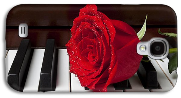 Red Rose On Piano Galaxy S4 Case