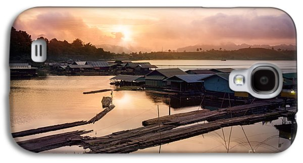Sunset At Fisherman Villages  Galaxy S4 Case by Setsiri Silapasuwanchai