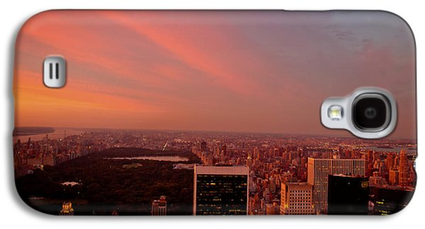 City Sunset Galaxy S4 Case - Sunset Over Central Park And The New York City Skyline by Vivienne Gucwa