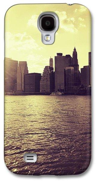 City Galaxy S4 Case - Sunset Over Manhattan by Vivienne Gucwa