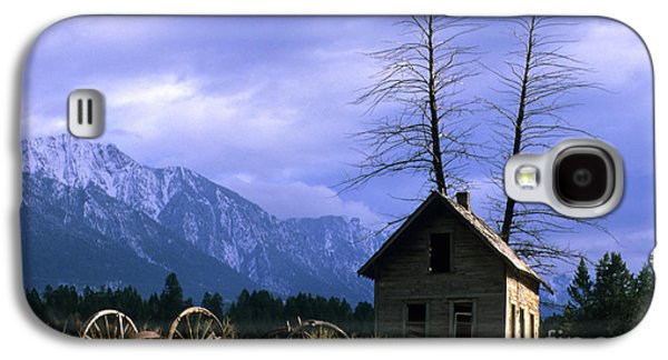 Twin Tree Cabin Galaxy S4 Case by Bob Christopher