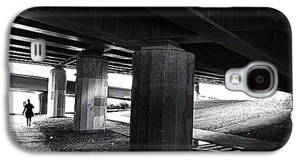 Light Galaxy S4 Case - Under The Bridge#bw# #walk #light by A Rey