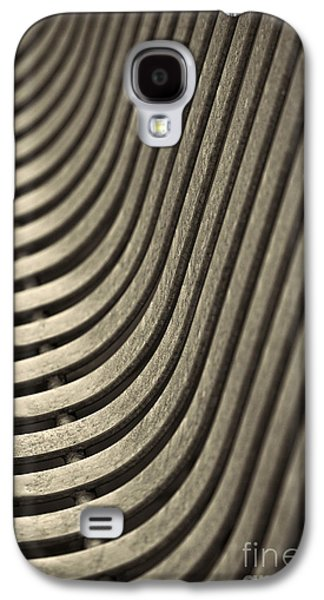 Upward Curve. Galaxy S4 Case by Clare Bambers