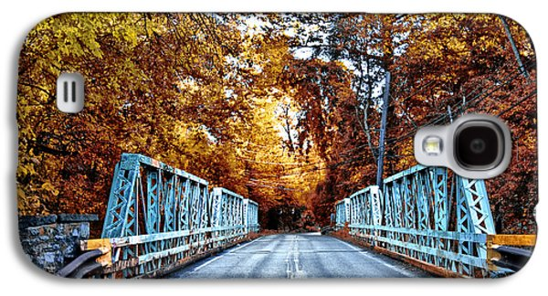Valley Green Road Bridge In Autumn Galaxy S4 Case by Bill Cannon