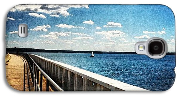 Sunny Galaxy S4 Case - Walking The Dam  by Lea Ward