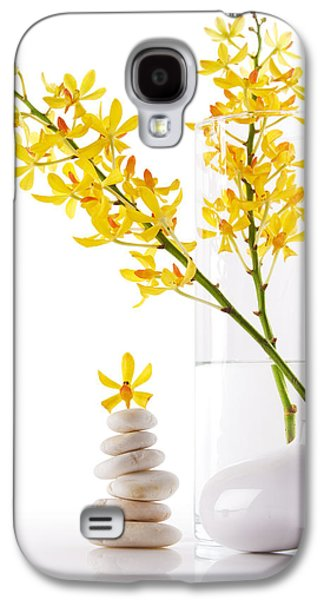 Yellow Orchid Bunchs Galaxy S4 Case by Atiketta Sangasaeng