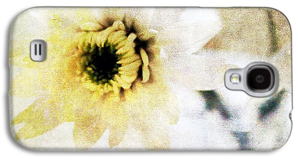 Flowers Galaxy S4 Cases -  White Flower Galaxy S4 Case by Linda Woods