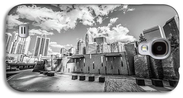 Charlotte North Carolina Black And White Photo Galaxy S4 Case by Paul Velgos