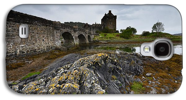 Castle Galaxy S4 Case - Eilean Donan Castle by Smart Aviation