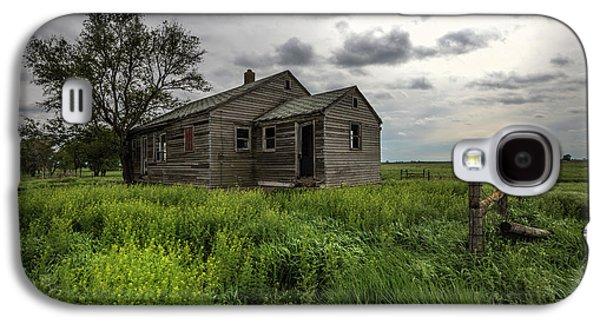 Forgotten On The Prairie Galaxy S4 Case by Aaron J Groen