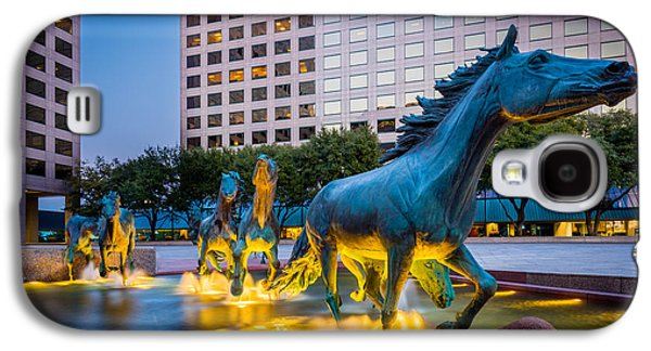 Mustangs At Las Colinas Galaxy S4 Case by Inge Johnsson