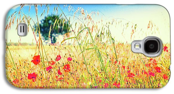 Galaxy S4 Case featuring the photograph Poppies With Tree In The Distance by Silvia Ganora