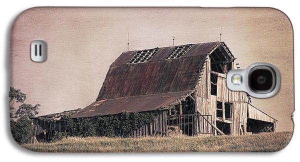 Rustic Barn Galaxy S4 Case by Tom Mc Nemar